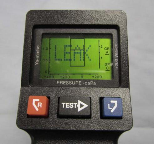 Tympanometers - MicroTymp 3 - Handheld Control Buttons