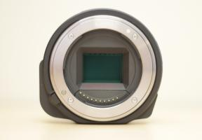 Sony DSC-QX1 Front