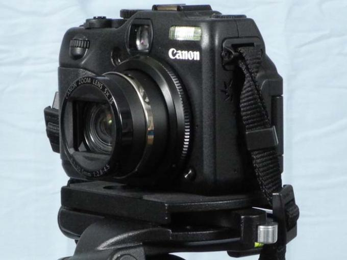 DSLR - Product Shots - Canon Powershot G12