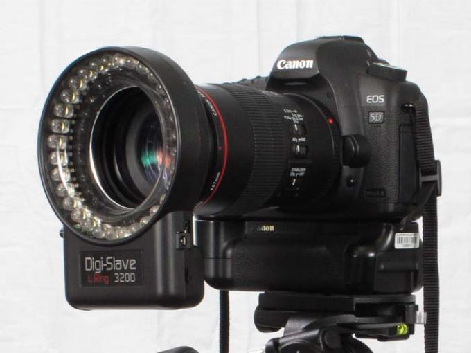 DSLR - Product Shots - External Lighting - DigiSlave L Ring 3200
